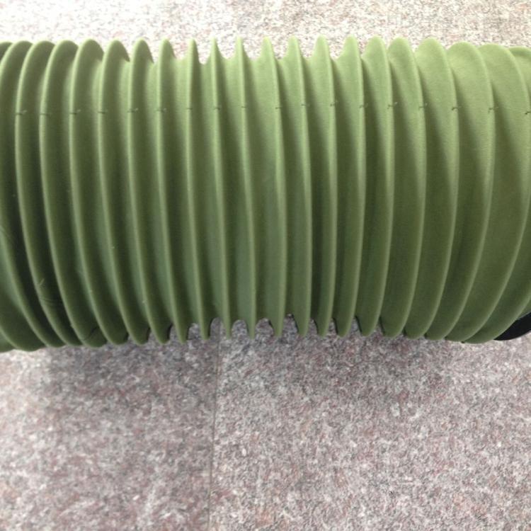 绿色伸缩式耐磨软连接