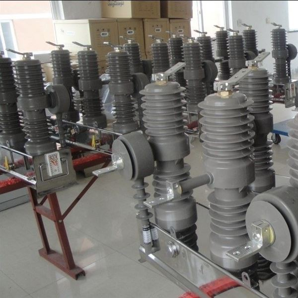 重庆ZW32户外高压真空断路器厂家