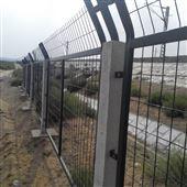 高铁防护栅栏之金属网栅栏