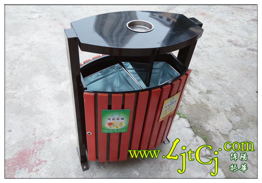 铁皮制的水桶图片