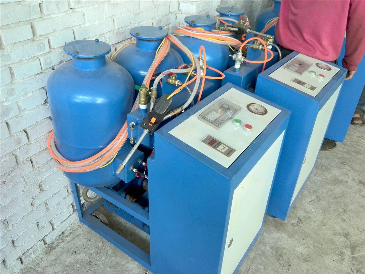 澳门新葡京网址8455a小流量 冷库聚氨酯喷涂机 聚氨酯现场发泡机
